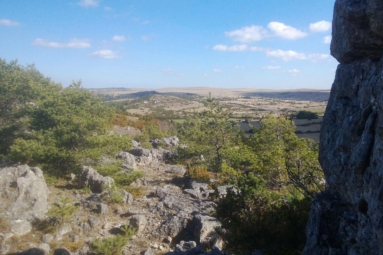 landschaft larzac.jpg
